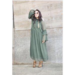 H&M Dresses & Skirts - Green Ruffled Chiffon Dress