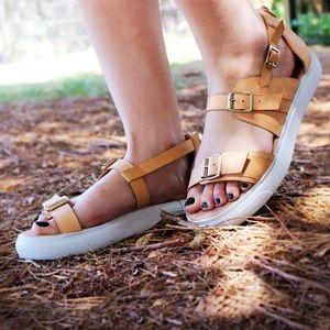 Jeffrey Campbell Shoes - Jeffrey Campbell Kale Platform Sandal in Nude
