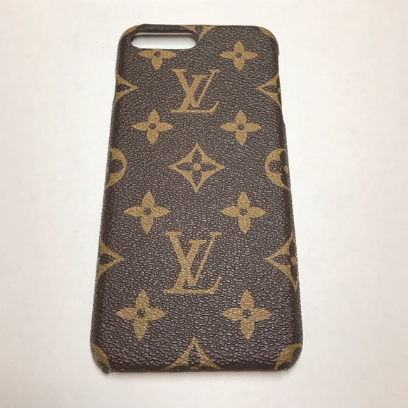 premium selection 28e57 134cf Louis Vuitton Phone 7 Plus case NWT