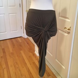 A+ Ellen Dresses & Skirts - 🆕NWT A+ Ellen twist front skirt