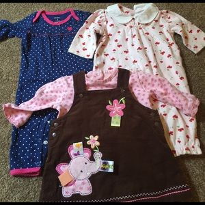 Taggies Other - 4 Piece baby bundle