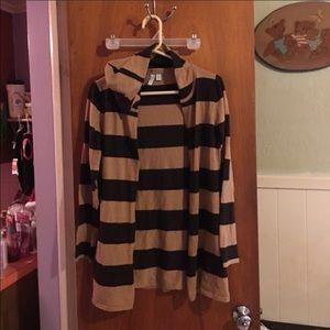 Relativity Sweaters - Relativity hooded sweater sz M