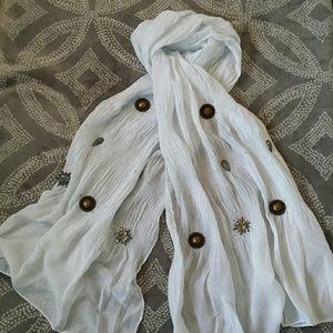 NWOT Embellished scarf