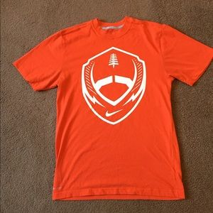 Men's Nike Dri Fit tshirt