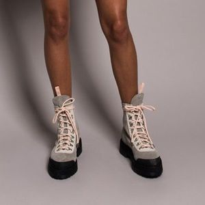 Off-White Shoes - Ronnie Fieg x Off-White Women's Mountain Boot