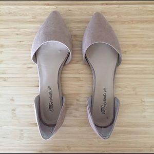 Breckelles Shoes - Tan Flats