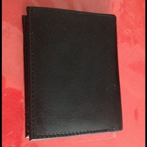 Bijoux Terner Other - NWT Men's black bi fold handcrafted leather wallet