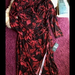 Lauren Ralph Lauren Dresses & Skirts - NWT Ralph Lauren v-neck slit shift bodycon floral