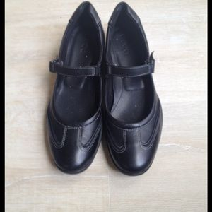 Ecco Shoes - Ecco black Mary Janes