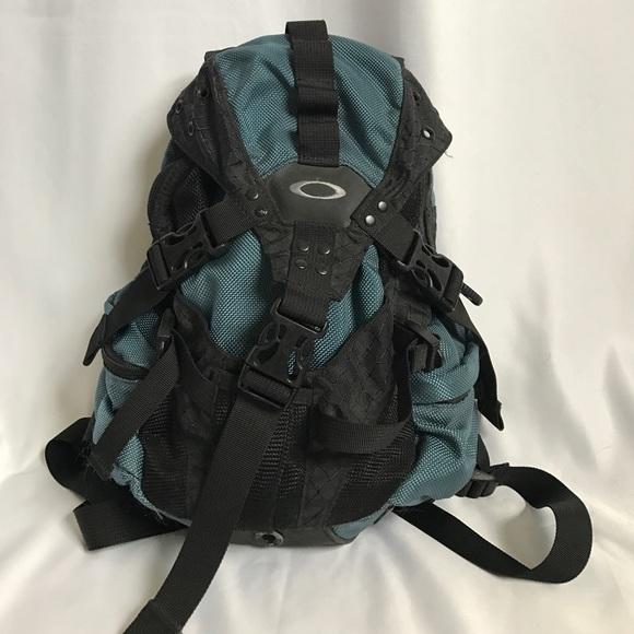Oakley Handbags - Oakley Nylon Ski Snowboard Sport Backpack blue