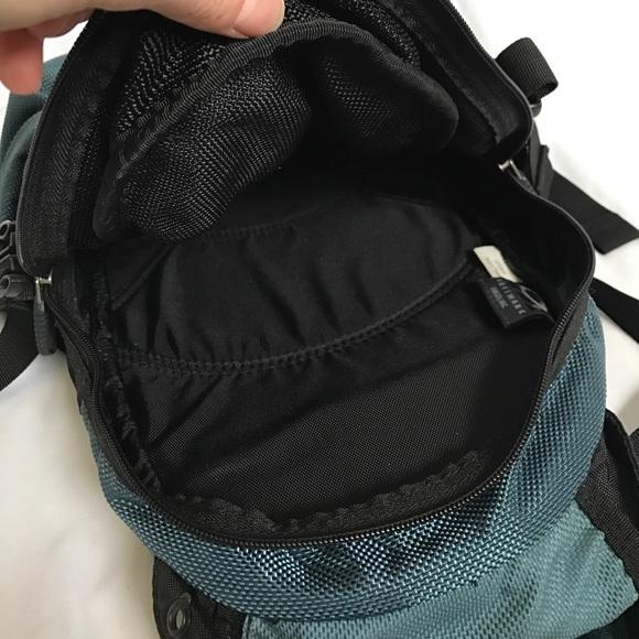Oakley Bags - Oakley Nylon Ski Snowboard Sport Backpack blue