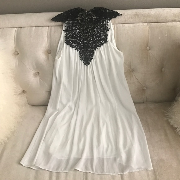 Dresses Womens White Flowing Dress With Black Lace Top S Poshmark