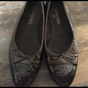 CHANEL Shoes - CHANEL Metallic Ballet Flats