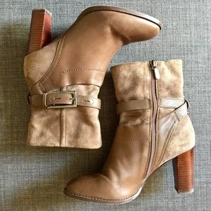 Clarks Shoes - CLARKS Grayish suede leather booties