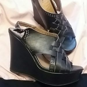 Shoes - Qupid wedges