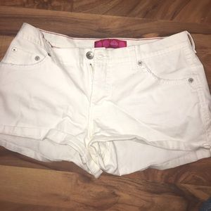 Globe Pants - White shorts