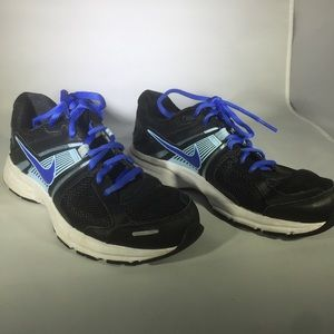 Nike Shoes - Nike Women's Tennis Shoes Sz 7