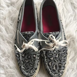 Sperry Top-Sider Shoes - 🆕 Sperry animal print shoes