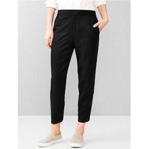 GAP Pants - GAP 100% Tencel Lyocell Black Pants
