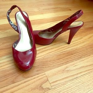Candie's Shoes - Red patten leather sling back heels