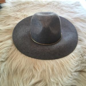 hinge Accessories - Wool Panama hat