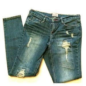 Mudd like new skinny jeans
