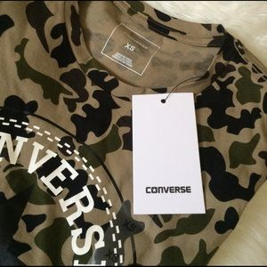 Converse Tops - CONVERSE SIZE XS OLIVE GREEN TSHIRT