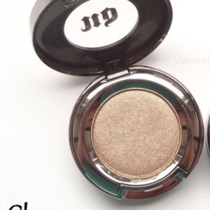 Urban Decay Other - Urban Decay Single Eyeshadow in CHASE