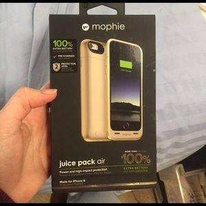 mophie Other - SALE 🔥 Phone charging case