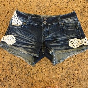 Hot Kiss Pants - JUNIORS Adorable short jean shorts!