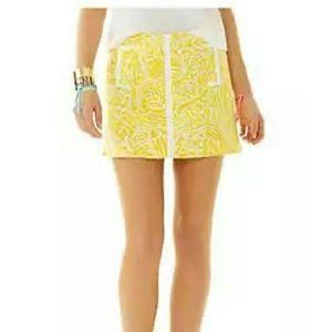 Lilly Pulitzer Dresses & Skirts - EUC Lilly Pulitzer January Skort size 2