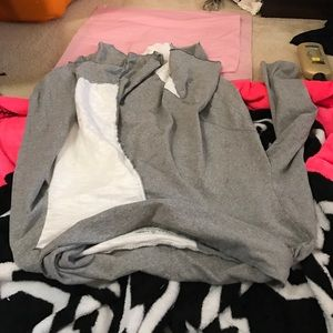neon acorn Tops - Gray and white neon acorn XL long sleeved tee