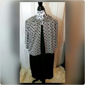 Jessica Howard Dresses & Skirts - Black and white sleeveless dress w/matching jacket