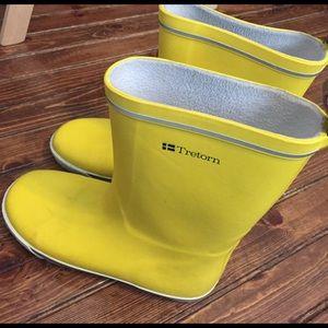 Tretorn Shoes - Tretorn Yellow Rainboots