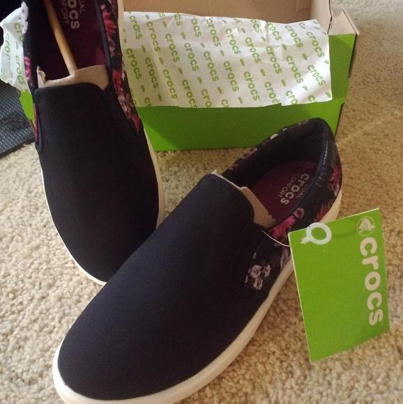 611bf377912 Crocs Citiline slip on sneaker
