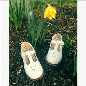 FootMates Other - Footmates from Saks Fifth toddler shoes sz: 9
