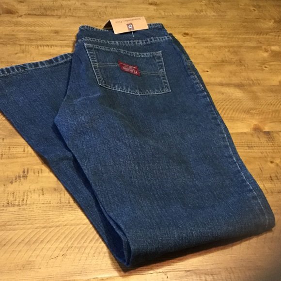 4130ecf969dd Abercrombie   fitch flare size 32 jeans