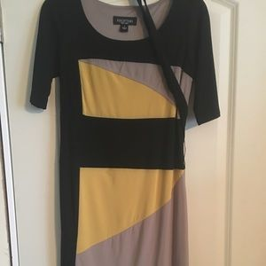 Perfection Dresses & Skirts - Cute casual dress w belt