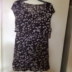 Daisy Fuentes Dresses & Skirts - New Daisy Fuentes dress size S