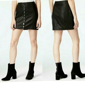 Free People Dresses & Skirts - FREE PEOPLE 'Oh Snap' Faux Leather Miniskirt