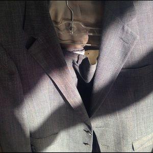 Other - Bill blass nice suit