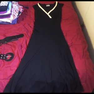 byer too! Dresses & Skirts - Lack dress