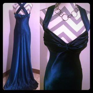 Onyx Dresses & Skirts - 😍Gorgeous Onyx deep blue formal gown prom dress