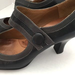 Sofft Shoes - Sofft black and gray Mary Jane heels sz 9 like new