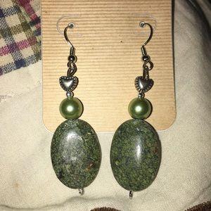 🆕Jade earrings in silver beads New
