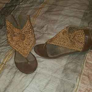 Shoes - High top sandals