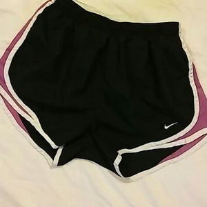 Nike Fit Dry Shorts Size S