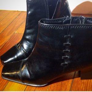 Life Stride Shoes - 🌼🌸1 HOUR SALE SIZE 9 heels Black Boots Heeled
