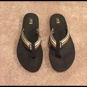 Teva Shoes - 🌺✋🏻TEVA✋🏻🌺Beautiful Brown color Flip Flop SZ 9
