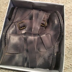 Jeffrey Campbell Shoes - Jeffery Campbell boots size 8